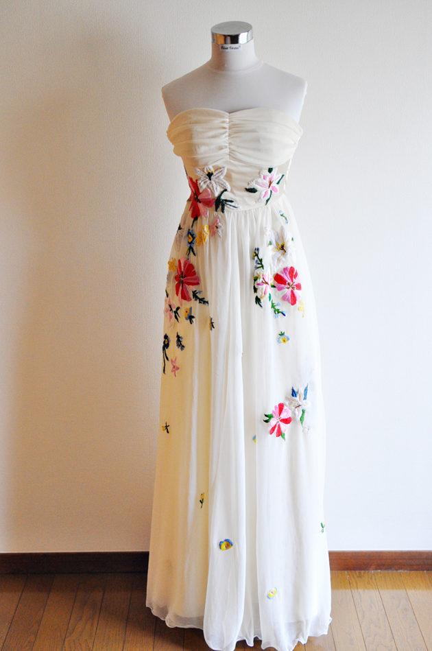 リリーブラウン風 刺繍ドレス
